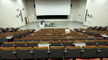 #Investigation: enseignement à distance, le blues des étudiants