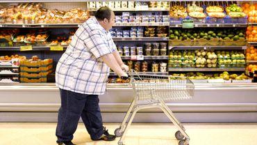 Des lois pour lutter contre l'obésité dans le monde : avec la Covid-19, cela devient encore plus urgent.