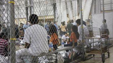 Environ 8000 familles ont été séparées aux USA, soit bien plus qu'annoncé