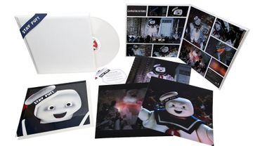 Ghosbusters Stay Puft Edition Super Deluxe Vinyl.