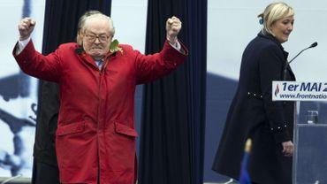 France: Marine Le Pen interdit à son père de parler au nom du FN