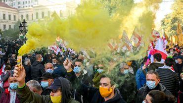 Géorgie: plusieurs milliers de manifestants demandent de nouvelles élections