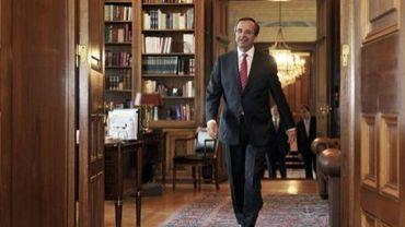 Le Premier ministre Antonis Samaras arrive au palais présidentiel d'Athènes, le 28 août 2012
