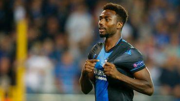 Emmanuel Dennis en blauw en zwart jusqu'en 2022