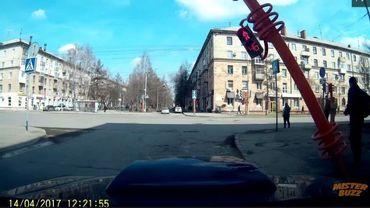 scène de réparation maladroite en Russie