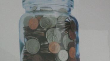 Bocal contenant de la petite monnaie