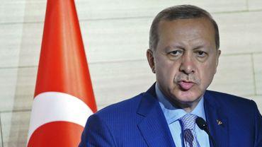"""""""C'est la loi dans un Etat démocratique d'analyser et de débattre de toute question"""", a-t-il affirmé."""