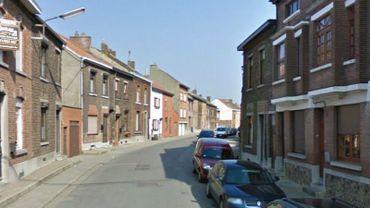 Les faits se sont produits à la rue des Hayettes, à Châtelineau