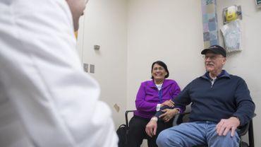 Le travail du médecin-conseil consiste à accompagner les affiliés en incapacité de travail.