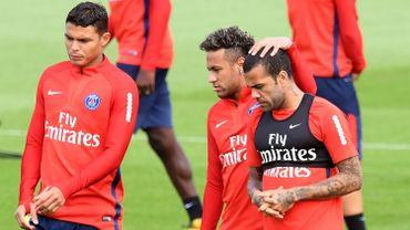 Neymar, au centre