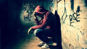 Les jeunes qui se mutilent commettent plus de délits et crimes violents que les autres