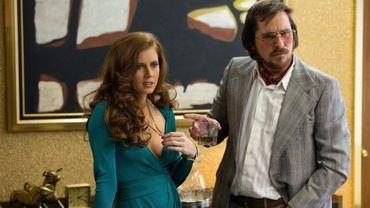 """Amy Adams et Christian Bale formeront un couple d'escrocs alliés avec le FBI dans """"American Bluff"""""""