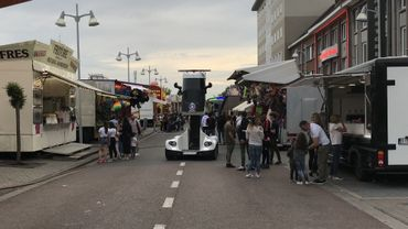 Le véhicule est prévu pour être utilisé dans la foule, comme ici à Saint-Ghislain.