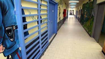 Un gardien de la prison de Lantin condamné pour coups et blessures à un détenu