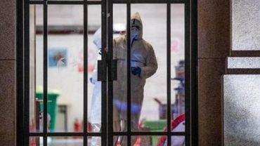 Fermeture d'un premier hôpital construit dans l'urgence à Wuhan