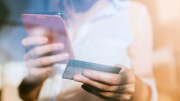 """La plateforme néerlandaise d'e-commerce """"bol.com"""" est désormais disponible en français. Coup de chaud pour la concurrence?"""