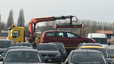Véhicule fou à Anvers: le conducteur était sous influence. Suivez notre direct