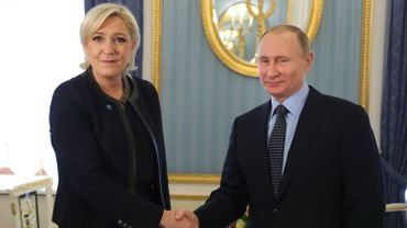 Selon l'UE, Poutine soutient l'extrême droite pour diviser l'Europe