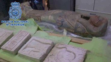 Oeuvres d'art suspectées d'avoir été volées par l'Etat islamique saisies par la police espagnole