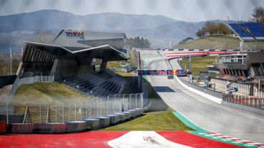 Le Red Bull Ring (Autriche) vide : une certaine idée d'un GP sans public... Les pilotes ne sont pas contre l'idée des courses à huis clos et la saison pourrait commencer en Autriche