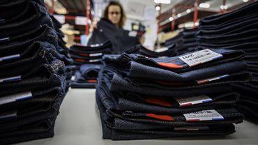 La marque drômoise 1083 a lancé un jean recyclé, avec une consigne de 20 euros rendue à l'acheteur lorsque celui-ci le renvoie.