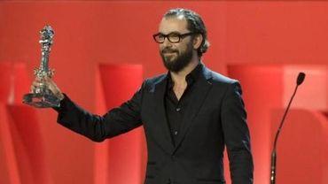 """""""The Drop"""" de Michaël R. Roskam remporte le prix du meilleur scénario à Saint-Sébastien"""