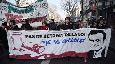 Réforme des retraites en France: noyée sous les amendements, la commission arrête ses travaux