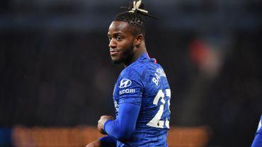 Chelsea et Batshuayi tombent à Everton pour la première de Ferguson