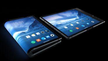 Royole sort le premier smartphone pliable, mais le marché est-il prêt?