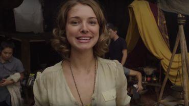 Ellie Gall incarne Catherine Langford