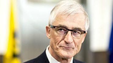 Président du gouvernement flamand, Geert Bourgeois compte déclencher une procédure en conflit d'intérêts contre la décision du gouvernement bruxellois.