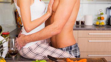 40% des Français feraient l'amour dans leur cuisine lorsqu'ils préparent les repas