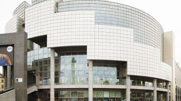L'Opéra Bastille propose ainsi 5.000 m2 de toiture et la salle de concerts de Bercy 270 m2 de marches à végétaliser