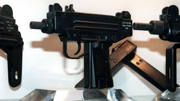 Un pistolet-mitrailleur reconnu arme de sports et de loisirs