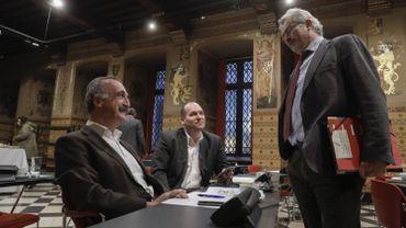 Olivier Deleuze (Ecolo), Philippe Close (PS) et Bernard Clerfayt (DéFI).