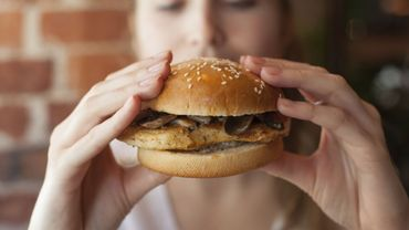 Quels sont les aliments issus des fast-foods à éviter pour préserver sa santé ?