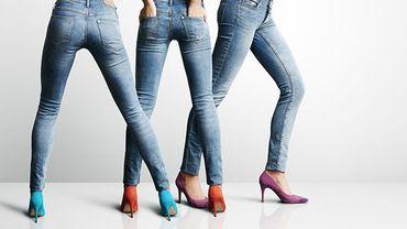 Le jean skinny, pire que les talons hauts pour le dos