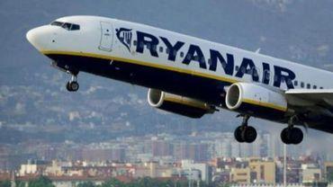 Transport aérien: Ryanair devrait réduire sa part dans Aer Lingus