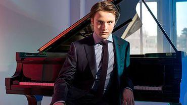 Le jeune pianiste russe Daniil Trifonov, 24 ans, est notre invité ce soir. Il jouera le 2e Concerto pour piano de Chopin