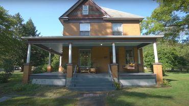 """Située à Perryopolis, dans la grande banlieue de Pittsburgh (Pennsylvanie), cette demeure de 216 m² construite en 1910 a conservé l'essentiel de l'aménagement intérieur vu dans le long métrage """"Le Silence des agneaux""""."""