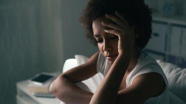 Si vous dormez peu, vous risquez de vous déshydrater