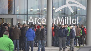 Intérêts notionnels: ArcelorMittal, le cas de trop? Chat à 12h