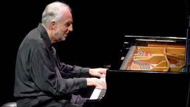 Mort de Jacques Loussier, le pianiste qui faisait swinguer Bach