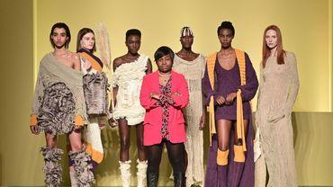 Claudia Gisèle Ntsama, 29 ans, originaire du Cameroun, est l'une des cinq stylistes d'origine africaine mis à l'honneur.