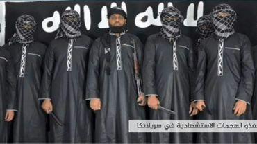 Capture d'écran d'une vidéo de propagande du groupe Etat Islamique, publiée le 23 avril 2019, où figurerait Zahran Hashim (au centre)