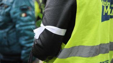 Un gilet jaune, aux commémorations de samedi dernier à Liège-Guillemins après la mort d'un des gilets jaunes vendredi 11 janvier 2019