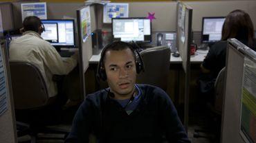 La concurrence fait rage dans les centres d'appels: il faut compresser les coûts, au détriment parfois de l'ambiance de travail. Sinon, on délocalise. Ici, à Managua (Nicaragua)
