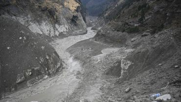 Rupture d'un glacier dans l'Himalaya: les 136 disparus déclarés morts