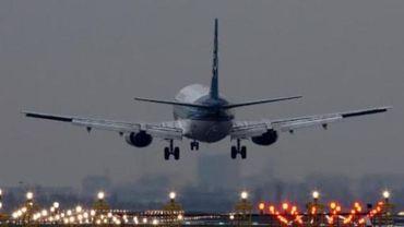 En 2014, l'aéroport a comptabilisé 15 746 vols de nuit, dont 4396 décollages.