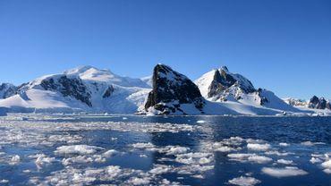 Les îles Shetland du Sud dans l'Archipel de l'Antarctique, situé à 127 kilomètres au nord-nord-est de la péninsule Antarctique  February 9, 2020.